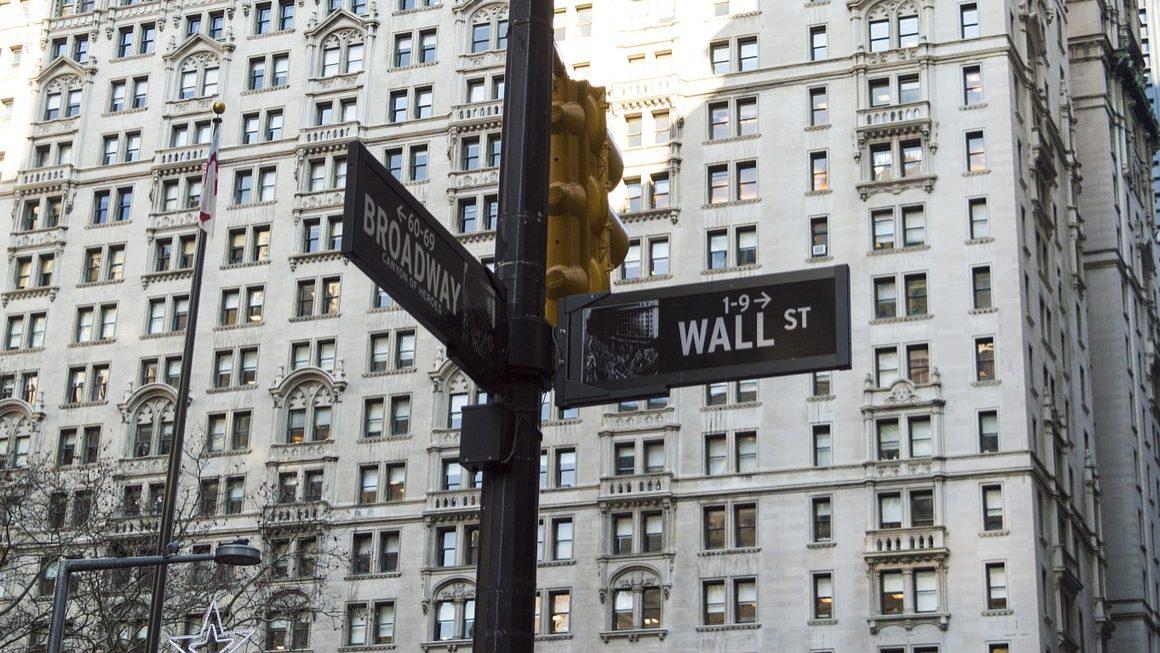 Sotheby's dispara em Wall Street. Ações aproximam-se dos 57 dólares oferecidos por Drahi