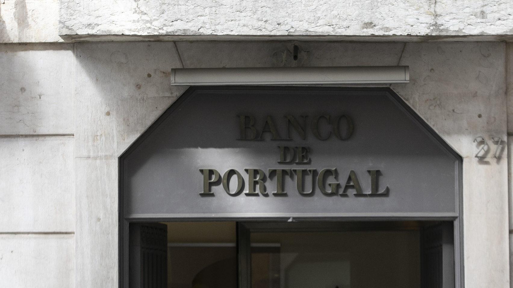 BCE está a empurrar banca para o risco na dívida e no crédito. Banco de Portugal pede cautela