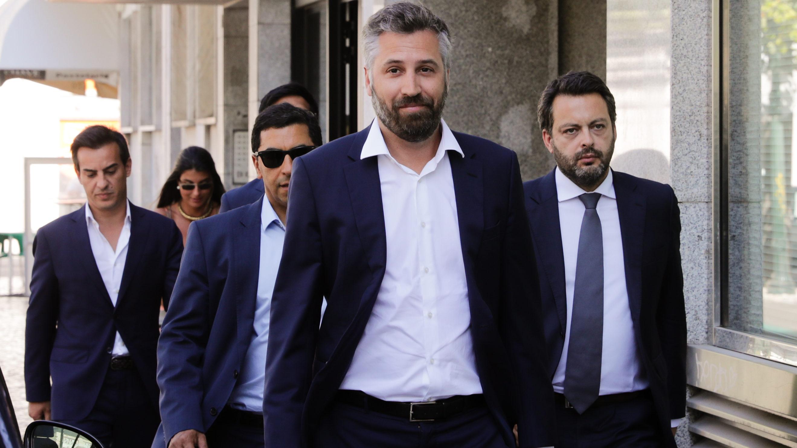 """""""Precisávamos de Lisboa/Porto numa hora e um quarto"""" de comboio, diz ministro"""
