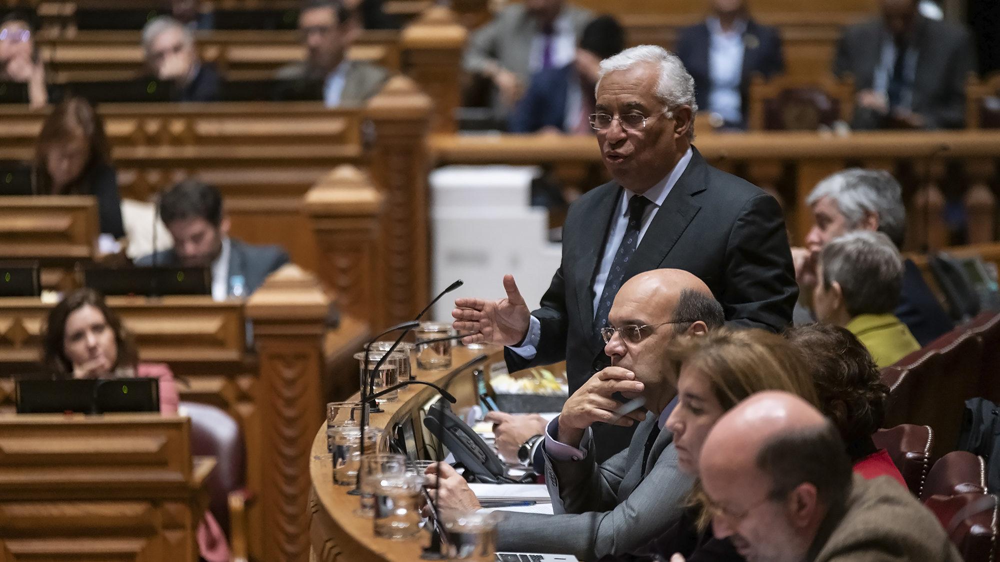 """Comissão Europeia responde """"nas próximas semanas"""" ao pedido do Governo para variar IVA da luz"""