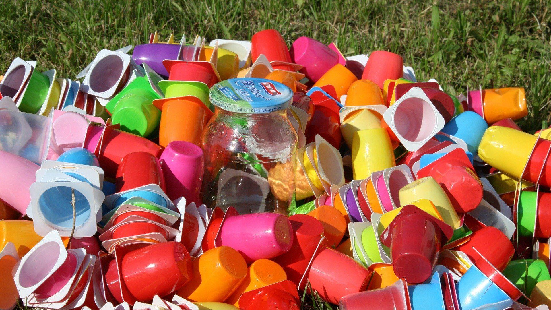 O que estamos a fazer para minimizar o impacto do plástico no planeta?