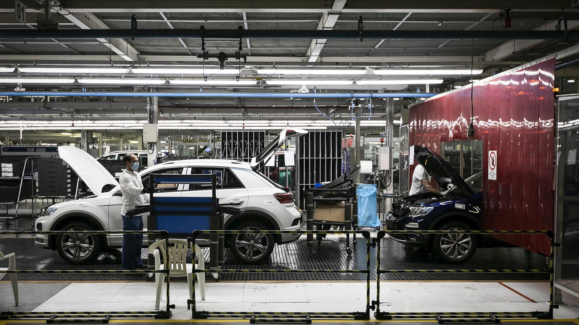 Mercado automóvel europeu cresce pela primeira vez em setembro desde início da pandemia